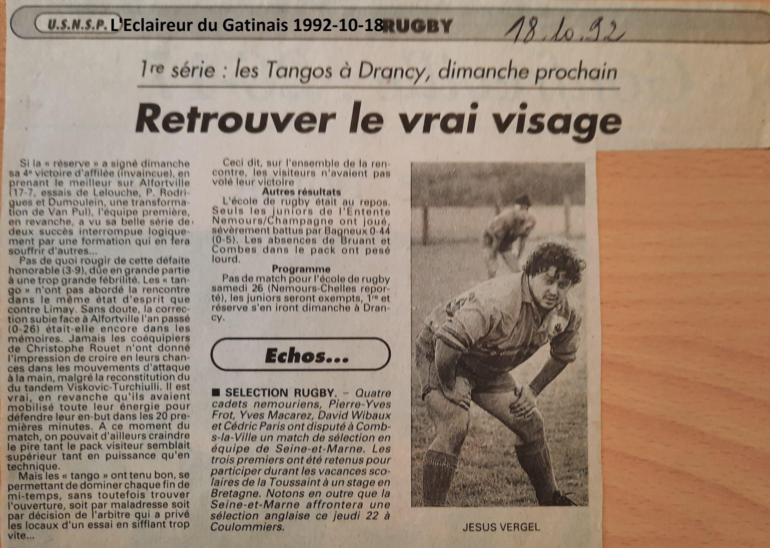 Eclaireur du Gâtinais 1992-10-18